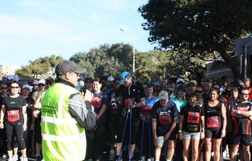John giving last instructions and encouragement to the participants of the 2010 Endo Walkathon